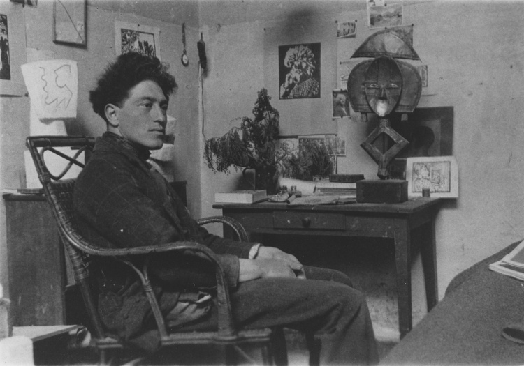 Alberto Giacometti in his studio at 46 rue Hippolyte-Maindron, Paris, 1927.